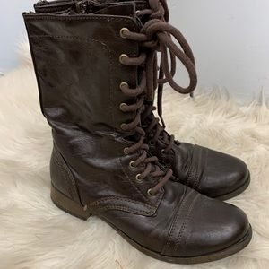 American eagle brown lace up combat boots